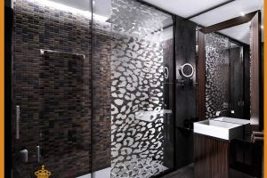 Eroberto Cavalli Bathroom For Standart Rooms 2